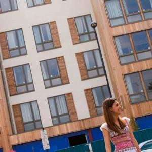 london-charles-morton-court.jpg