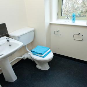 Bank_bathroom2.jpg