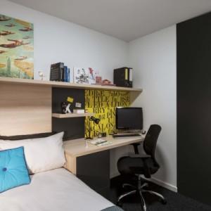 Liverpool-en-suite-room-755×400.jpg